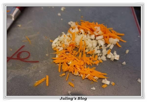 高麗菜捲做法3.JPG