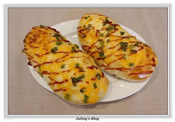 培根起司麵包3.JPG