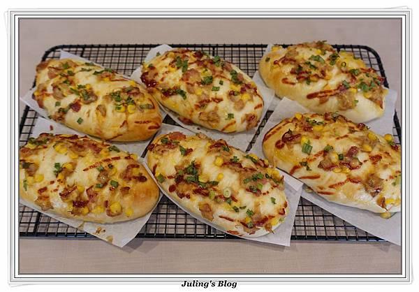 培根鮪魚麵包2.JPG