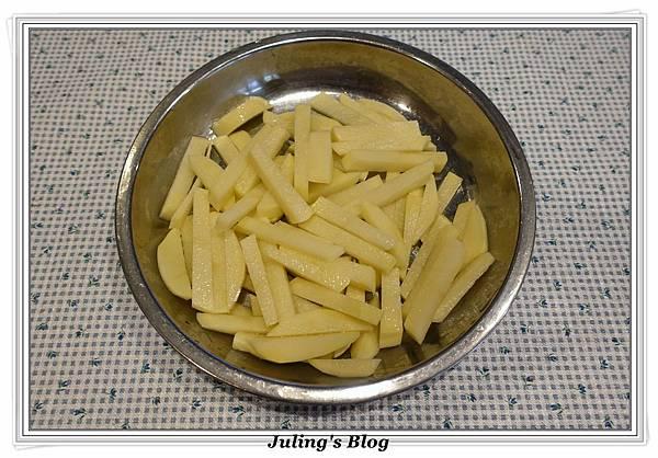 筍絲炒馬鈴薯做法1.JPG