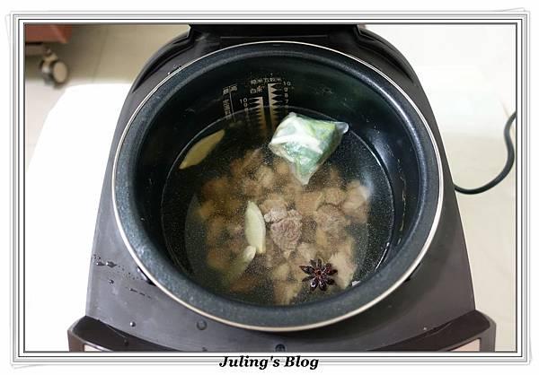 清燉牛肉麵做法7.JPG