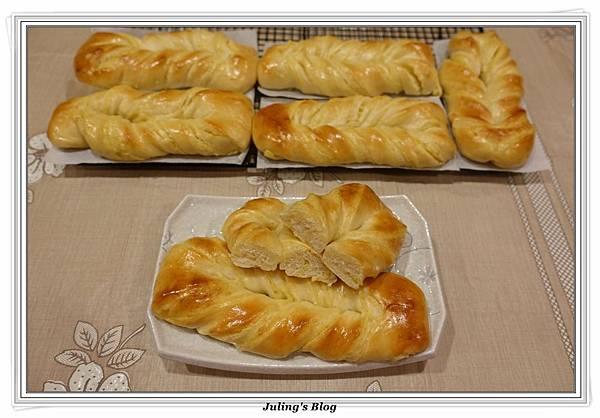 奶黃麵包捲2.JPG