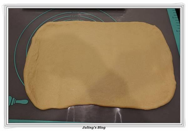 奶黃麵包捲做法12.JPG