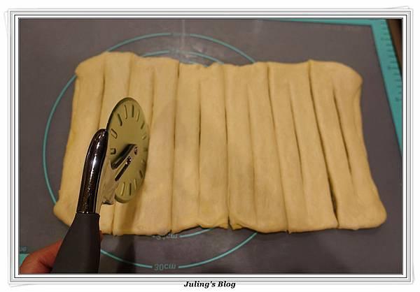 奶黃麵包捲做法19.JPG