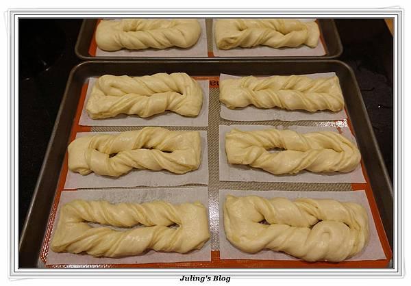 奶黃麵包捲做法22.JPG