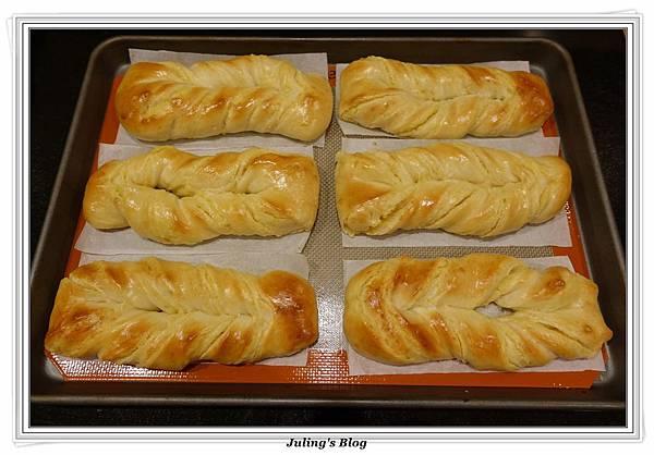奶黃麵包捲做法23.JPG