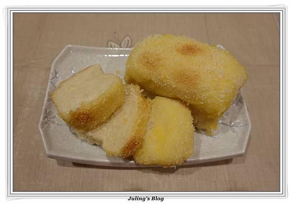 椰香檸檬麵包1.JPG