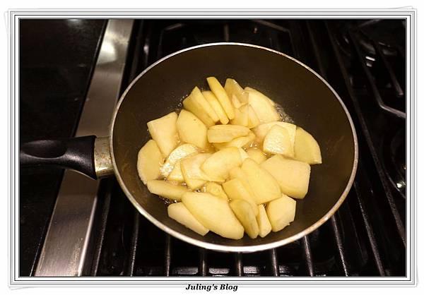 蘋果夾心里肌肉捲做法2.JPG