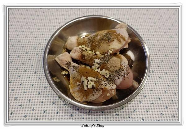 鹹香雞腿飯做法1.JPG