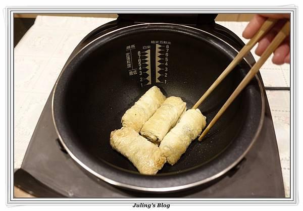 海苔豆包捲做法8.JPG