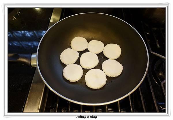 黑糖麻糬餅做法6.JPG