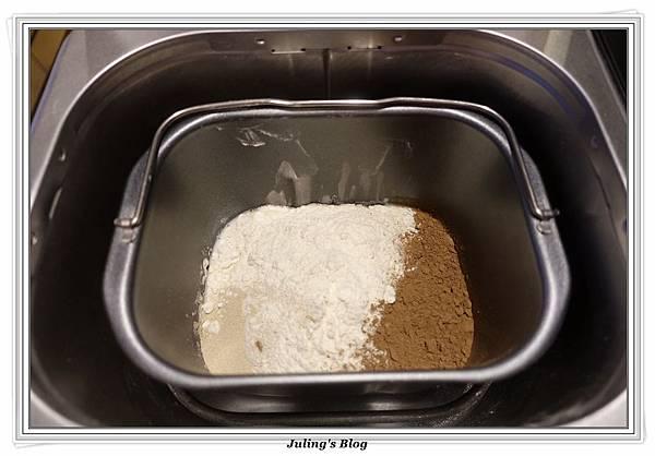 oreo乳酪夾心香蕉巧克力麵包做法3.JPG