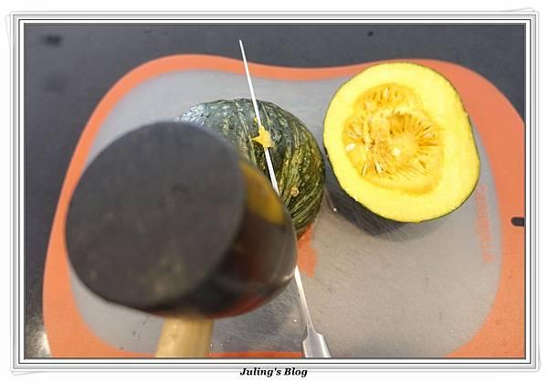 奶香南瓜咖哩飯做法1.JPG