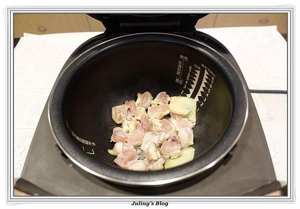 奶香洋芋高麗菜鍋做法4.JPG
