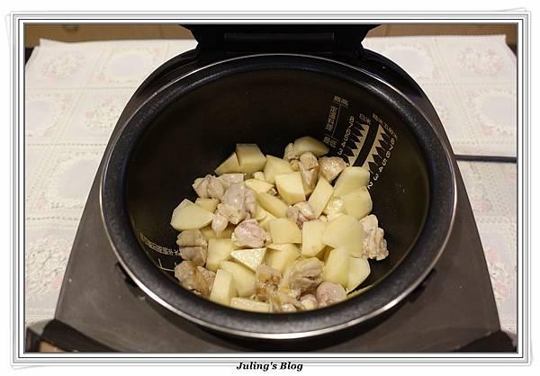 奶香洋芋高麗菜鍋做法6.JPG