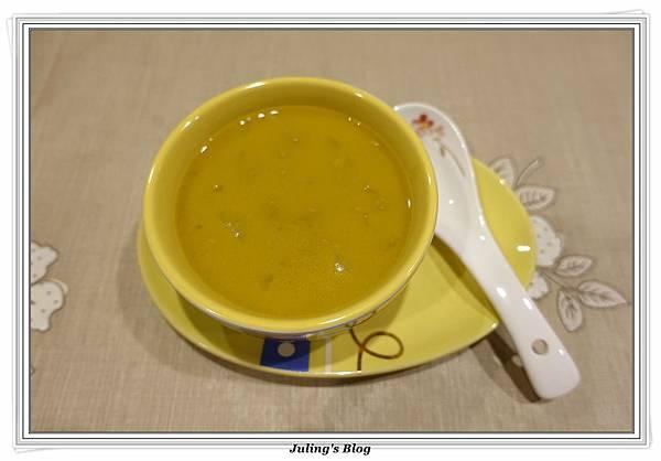 咖哩地瓜濃湯1.JPG