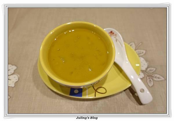 咖哩地瓜濃湯2.JPG