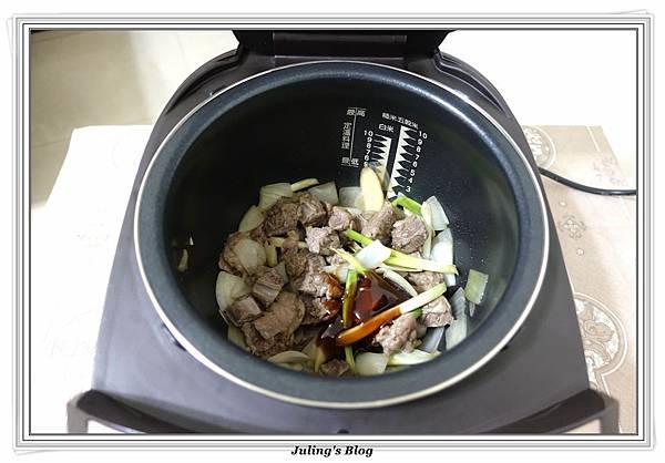 仙貝洋芋燉牛肋條做法5.JPG