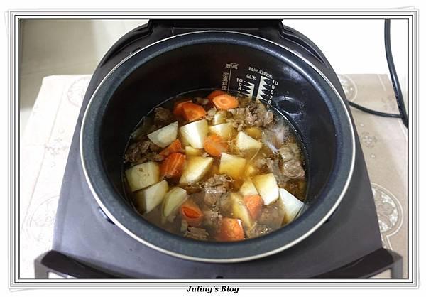 仙貝洋芋燉牛肋條做法10.JPG