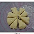 發麵薄餅(蔥蛋、芝麻)做法6.JPG