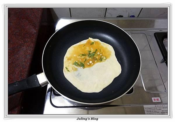 發麵薄餅(蔥蛋、芝麻)做法21.JPG