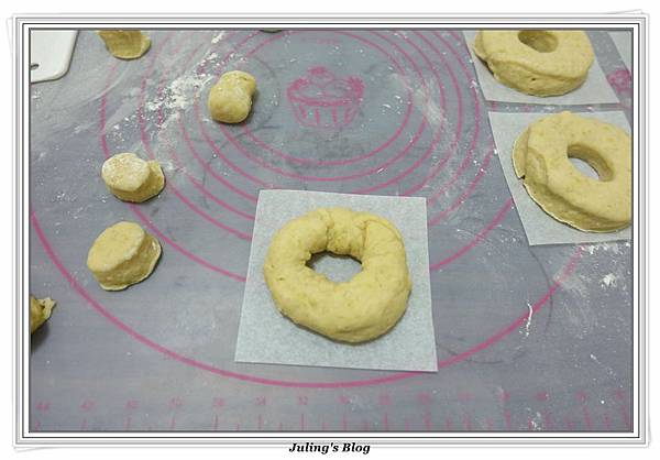 小米甜甜圈做法16.JPG