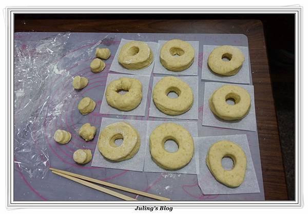 小米甜甜圈做法18.JPG