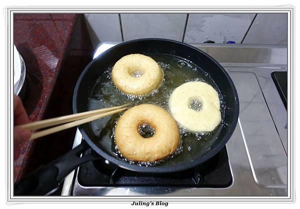 小米甜甜圈做法21.JPG