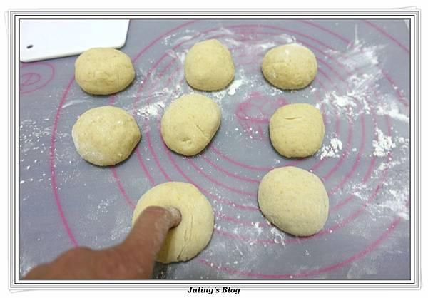 小米甜甜圈(二)做法10.JPG