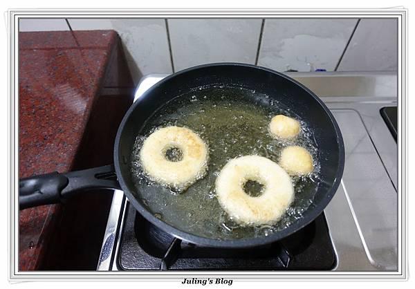 小米麻糬甜甜圈做法12.JPG