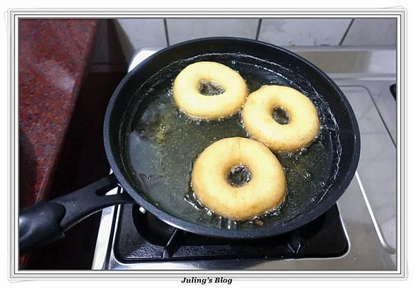 小米麻糬甜甜圈做法14.JPG