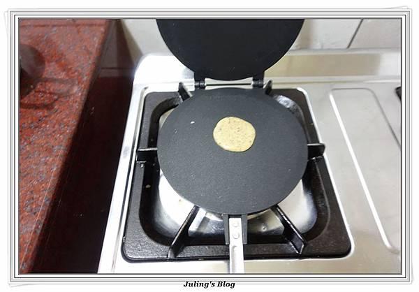 黑穀健康油蛋捲做法4.JPG