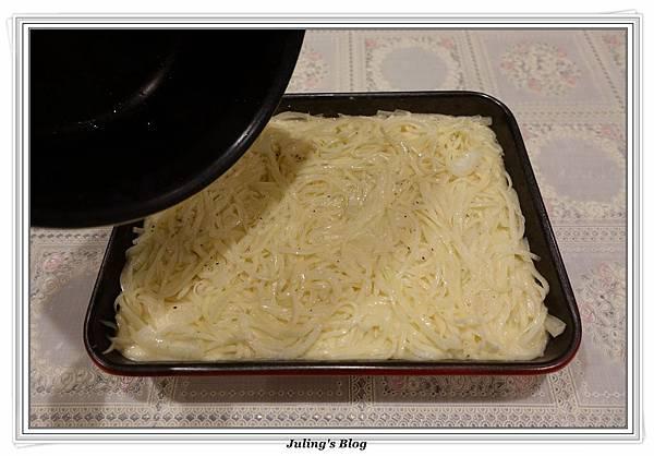烤薯絲派做法10.JPG
