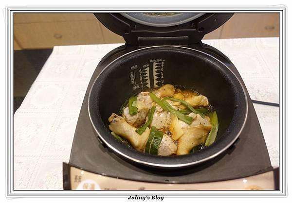 鹽焗雞腿做法10.JPG