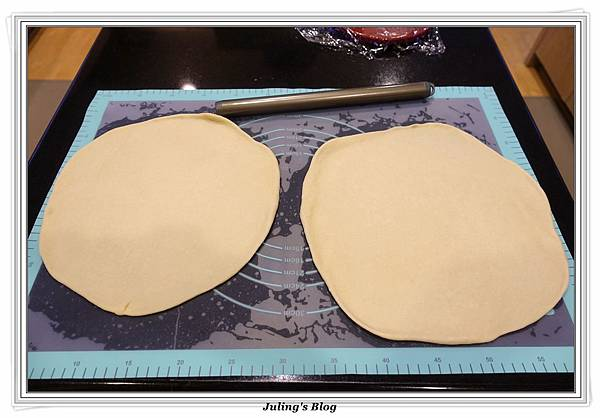 蘑菇菠菜蛋披薩做法15.JPG