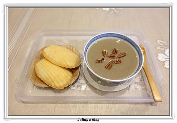 綠豆薏仁漿1.JPG