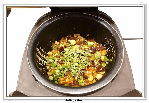 鮑菇茄肉醬做法12.JPG