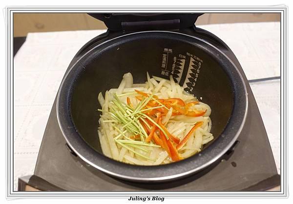 奶香洋蔥馬鈴薯7.JPG