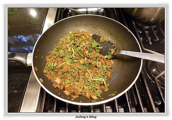 香菜牛肉醬做法9.JPG