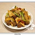 蕃茄牛肉丸燒豆腐2.JPG
