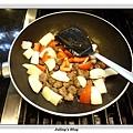 蕃茄牛肉丸燒豆腐做法7.JPG