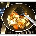 蕃茄牛肉丸燒豆腐做法8.JPG