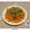 粉蒸紅蘿蔔絲1.JPG