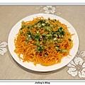 粉蒸紅蘿蔔絲2.JPG