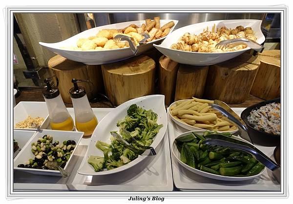 D8Japanese hotpot dining10.JPG