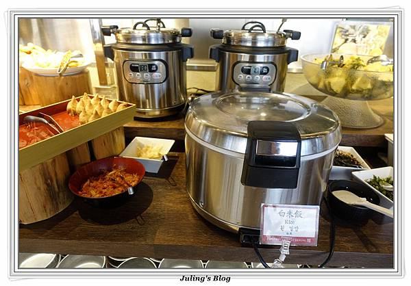 D8Japanese hotpot dining18.JPG