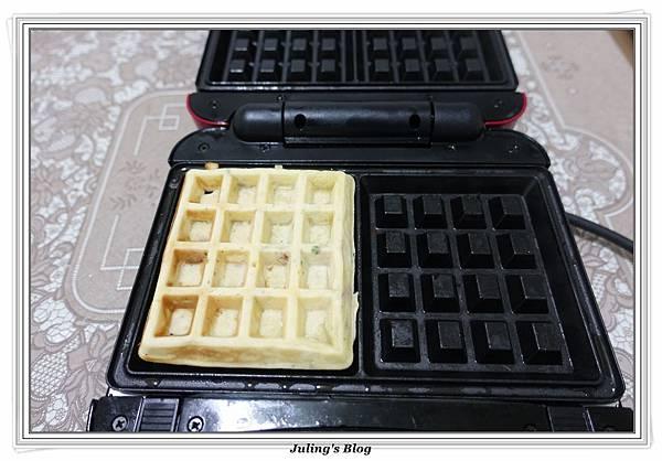 鹹香洋芋鬆餅做法16.JPG