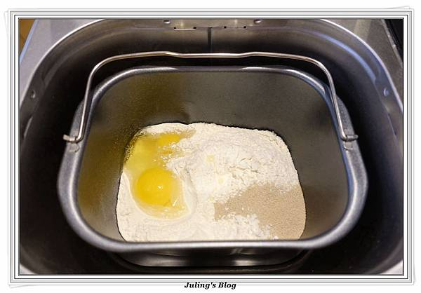 焦糖蔓越莓麵包做法8.JPG