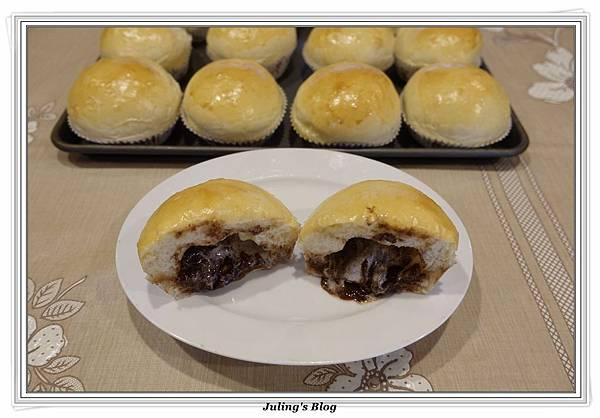巧克力爆漿麵包2.JPG