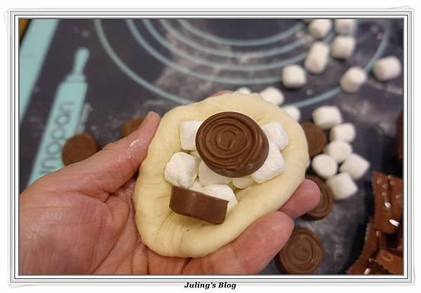 巧克力爆漿麵包做法9.JPG